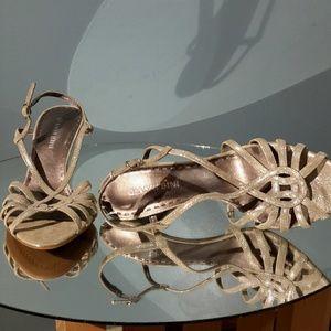 NWOT! Gianni Bini strappy silver heels